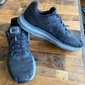Nike Run Swift shoes
